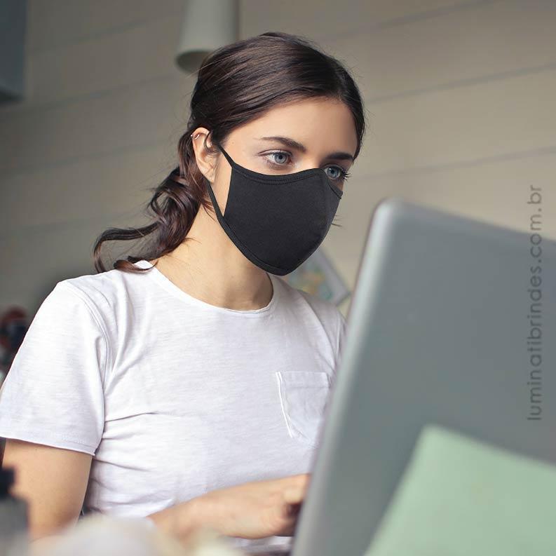 Máscara de Tecido Facial Personalizada